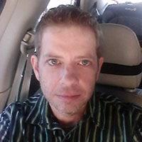 Hétéro curieux a envie de rencontrer un actif gay pour initiation